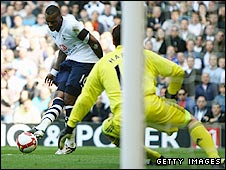 Darren Bent scores Tottenham's winner