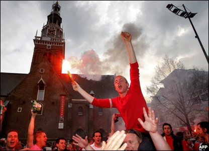 AZ Alkmaar fans celebrate the club's league title success