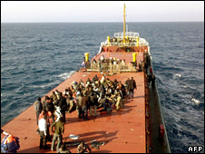 Migrants on board the MV Pinar E (19 April 2009)