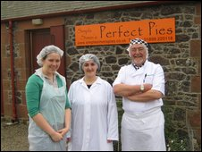 Aileen Campbell MSP visits Simple Simon's Pies near Biggar