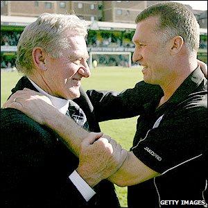 Milan Mandaric (l) and Nigel Pearson