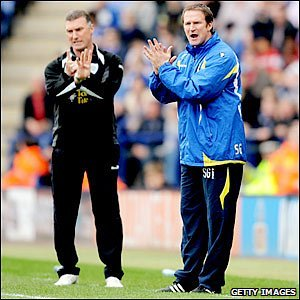 Leicester boss Nigel Pearson (left) and Leeds manager Simon Grayson