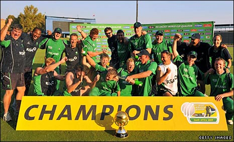 Ireland celebrate with the trophy