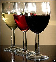Как лунные циклы влияют на вкус вин, которые мы пьем - фото