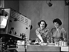 Marguerite Patten, left, with a viewer in 1950