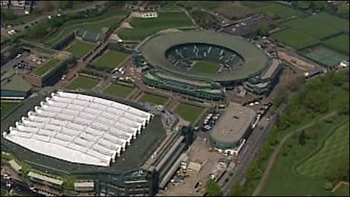 Centre Court's new roof