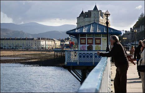 Stewart Docherty went on a day trip to Llandudno recently and this was the view from the pier.