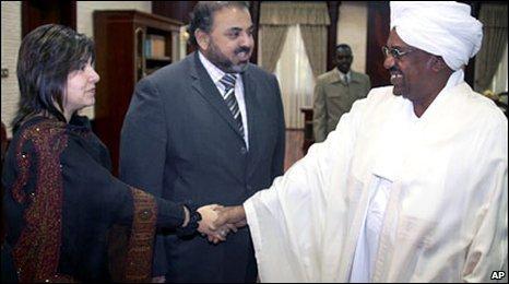 Baroness Warsi and Lord Ahmed meet President Omar al-Bashir