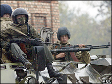 Russian troops in Grozny, Chechnya (file pic)