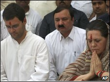 Congress party leader Rahul Gandhi (left) and President Sonia Gandhi (right)