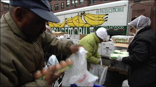 Food handouts in Chicago