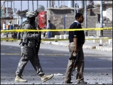 Aftermath of insurgent attack in Iraq (20/04/2009 )