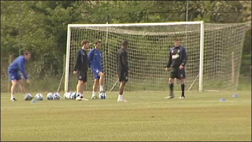 Roy Keane oversees an Ipswich Town training session