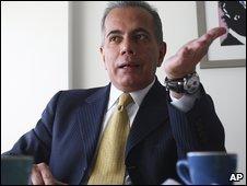 Venezuelan opposition leader Manuel Rosales, speaking in Lima, Pera (22/04/2009)