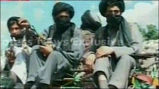 Taleban militants withdrawing from Buner