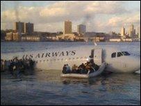 Plane in Hudson