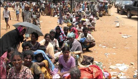 Displaced people near Omantai