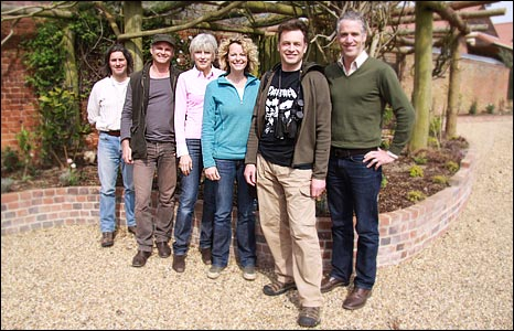 Martin Hugh-Games, Simon King, Debs Jordan, Kate Humble, Chris Packham and Gordon Buchanan
