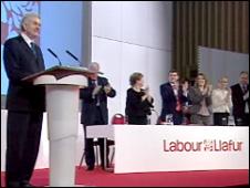 Rhodri Morgan is applauded by his colleagues