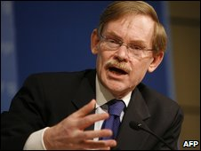 World Bank President Robert Zoellick in Washington DC (23/04/2009)