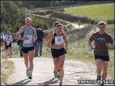 Tresco Marathon runners