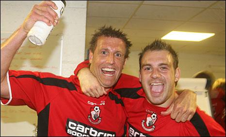 Steve Fletcher (left) celebrates with strike partner Brett Pitman