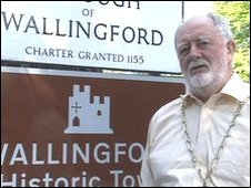 Alec Hayton, Mayor of Wallingford