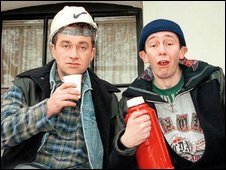 Harry Enfield and Paul Whitehouse as builders Lee and Lance