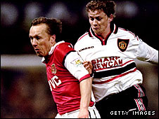 Lee Dixon and Ole Gunnar Solksjaer