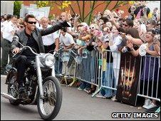 Hugh Jackman greets fans in Tempe