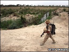 Rifleman on patrol near Basra
