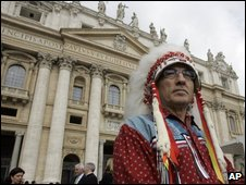 """Phil Fontaine, national chief of the Assembly of First Nations, attends Pope Benedict XVI general audience in St Peter""""s Square at the Vatic"""