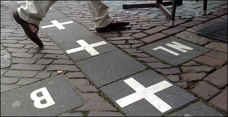 Crossing from Baarle-Hertog into Baarle-Nassau