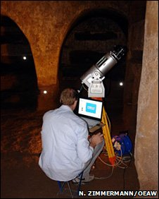Laser scanner inside the Catacombs (Photo: Dr Norbert Zimmerman, Vienna Academy of Sciences)