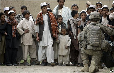 Children with soldier of 10th Mountain Division in Tangi Valley, Wardak province - 26/4/2009