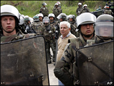 Serb protester in Mitrovica (30 April 2009)
