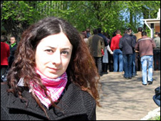 Nadia Codreanu outside the Romanian embassy