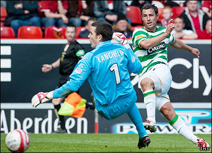 Scott McDonald scores his second goal