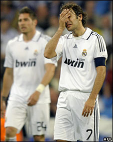 Raul feels the pain of Real's 6-2 defeat