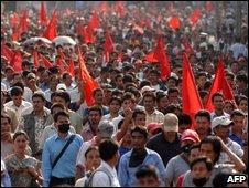 Nepali Maoist supporters demonstrate in Kathmandu