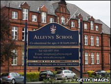 Alleyn's School in Dulwich, London is the fourth to close from  swine flu