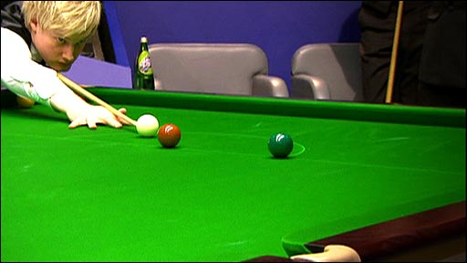 Neil Robertson lines up one of the shots of the tournament