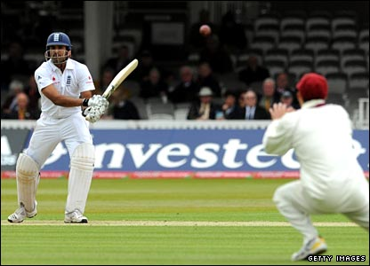 Bopara hits the ball straight at Nash