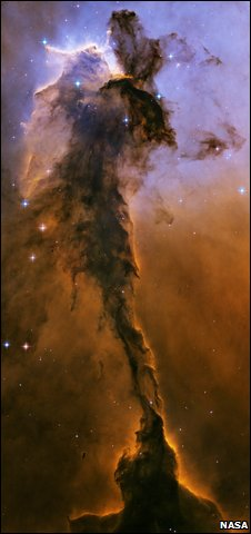 Stellar Spire in the Eagle Nebula (Nasa/Esa/STScI)