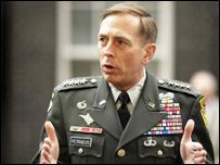 الجنرال ديفيد بتريوس