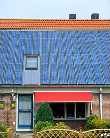 Solar array on roof (SPL)
