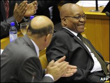 Colleagues of Jacob Zuma applaud the new South Africa President