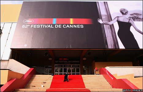 Preparations outside the Palais des Festivals
