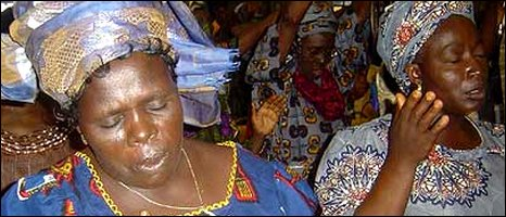 Nigerians worshipping in church [file pic]