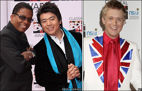 Herbie Hancock Lang Lang and Jonathan Ansell  pose for photographers on the red carpet.